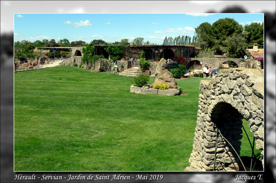 Jardin-Saint-Adrien-Servian-Hérault (46).jpg