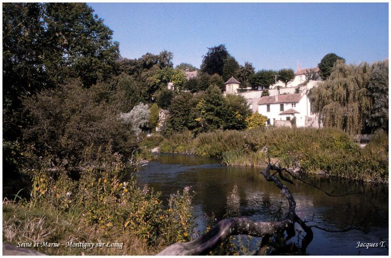 Montigny sur Loing en Seine et Marne (2).jpg